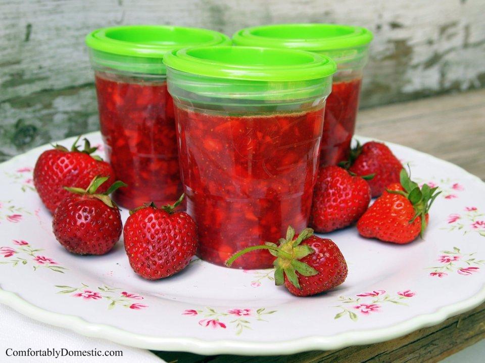 Easy Freezer Jam | ComfortablyDomestic.com