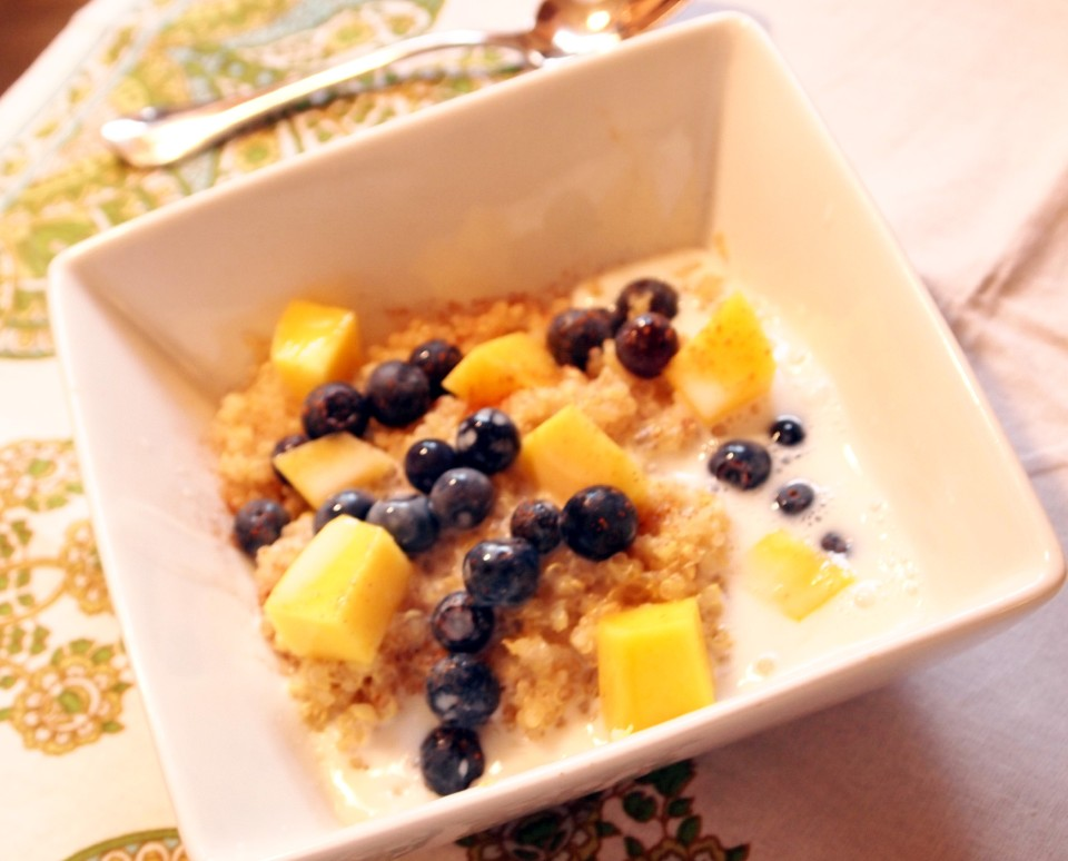 Breakfast Quinoa with Blueberries and Mango | ComfortablyDomestic.com