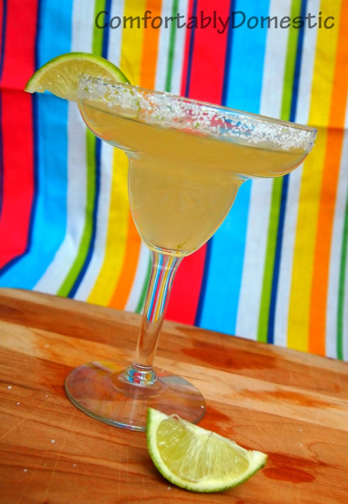 REAL Margaritas, made with homemade sour mix, are the perfect way to celebrate Cinco de Mayo or the Kentucky Derby. | ComfortablyDomestic.com