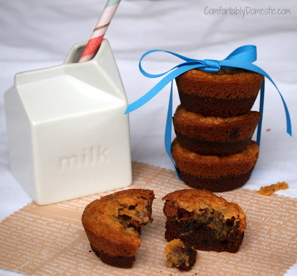 Brownie + Chocolate Chip Cookie = Crownies | ComfortablyDomestic.com