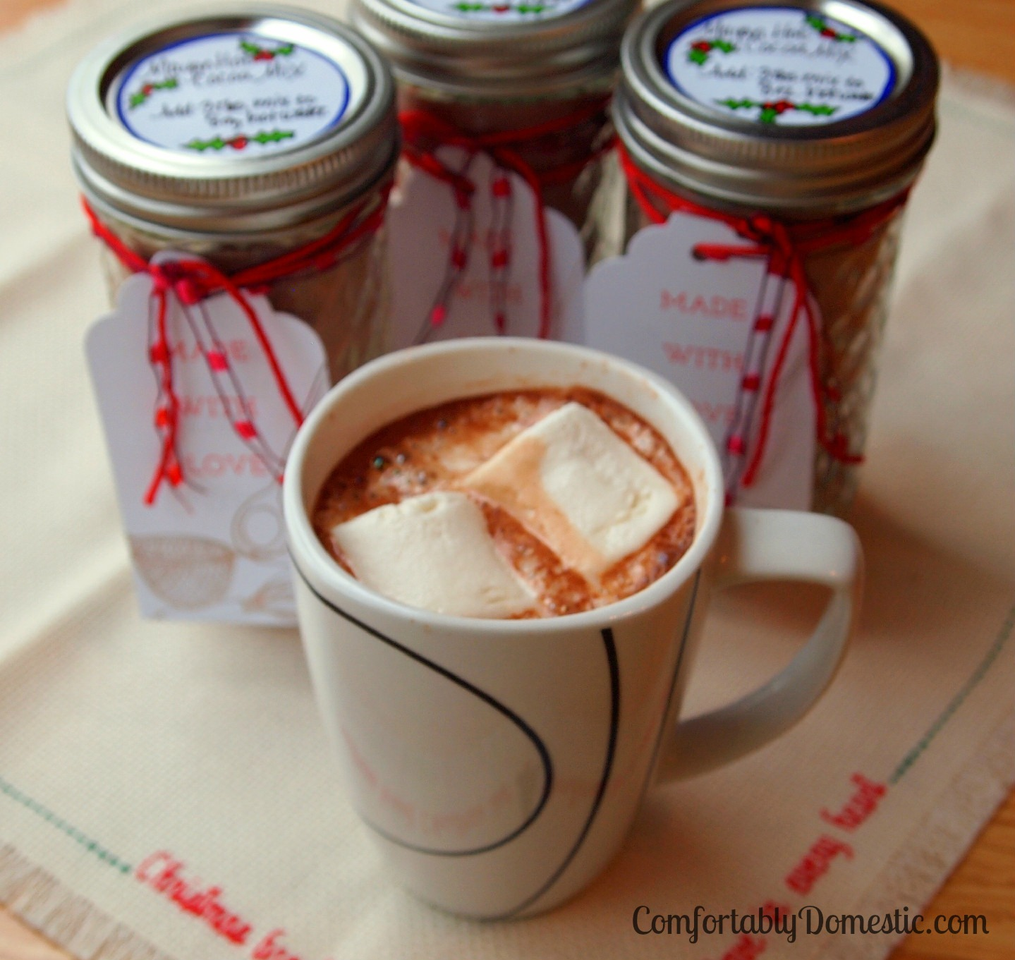 ... Minute Christmas Gifts: Mayan Hot Cocoa Mix | Comfortably Domestic