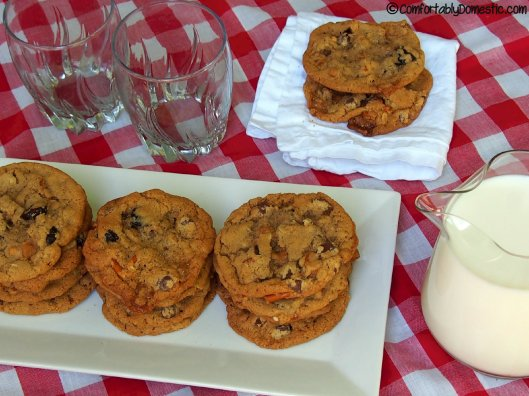 Everything But the Kitchen Sink Cookies | ComfortablyDomestic.com