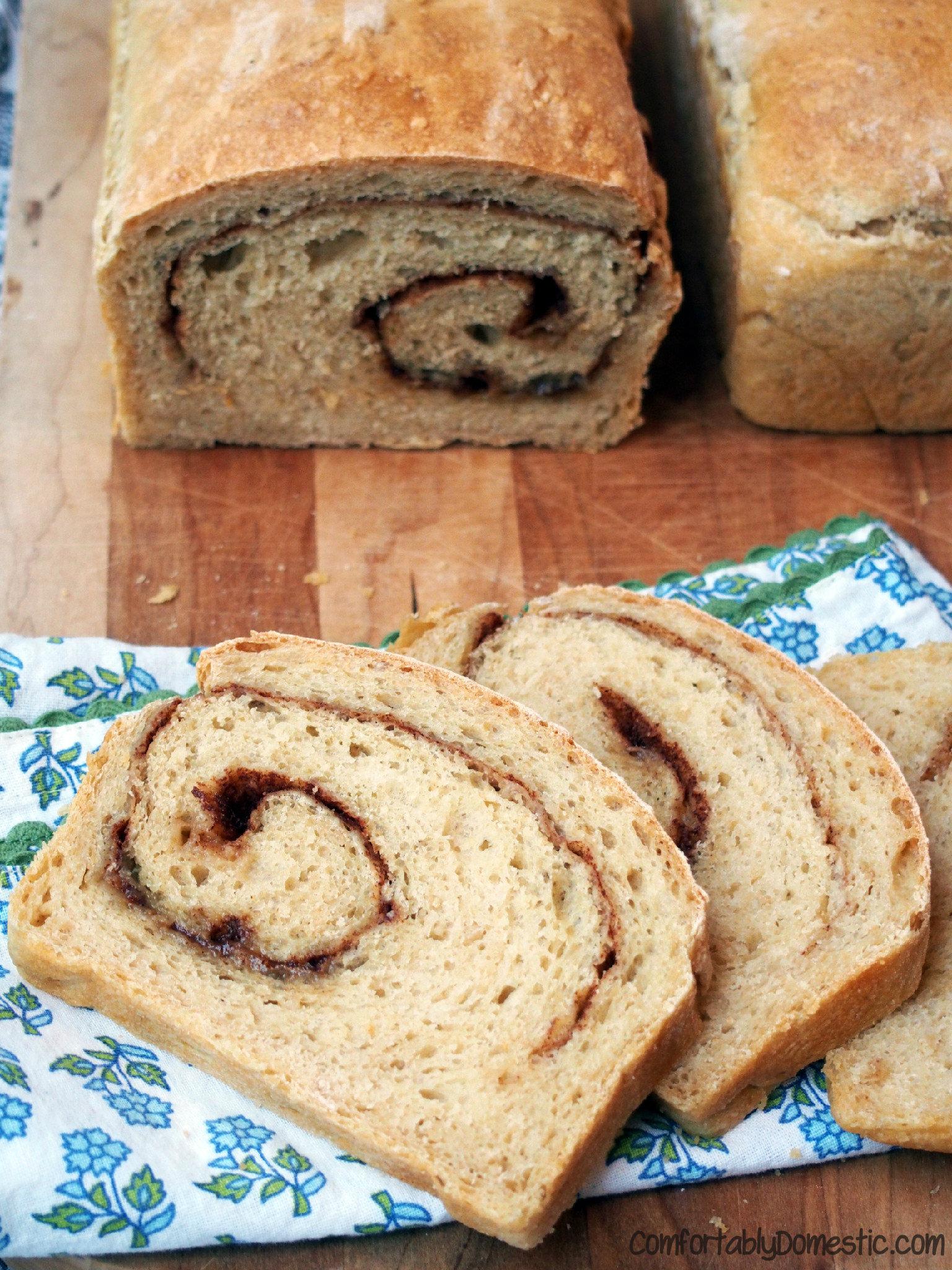 No-Knead-Cinnamon-Swirl-Oat-Bread